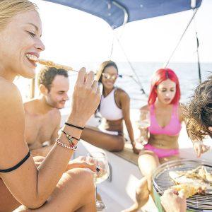 Comida en un velero en Lanzarote