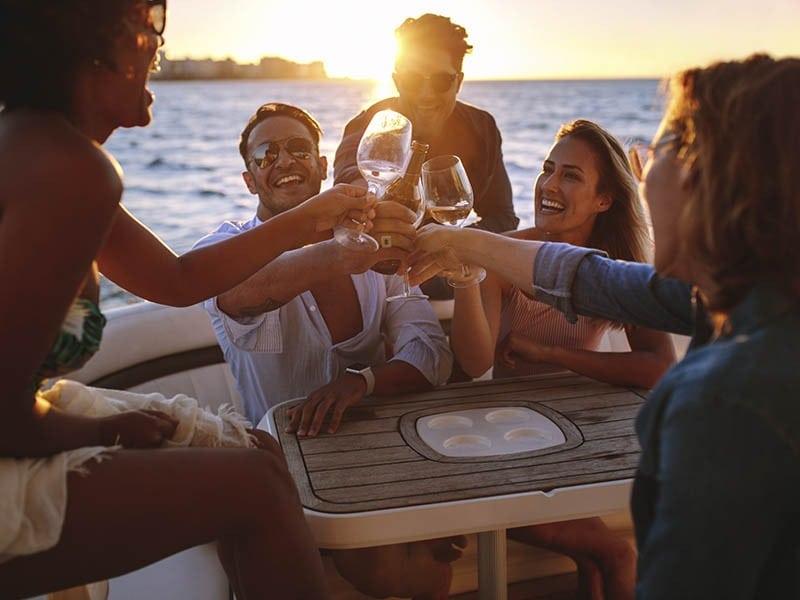 despedida o divorcio a bordo Fiesta de divorcio en velero