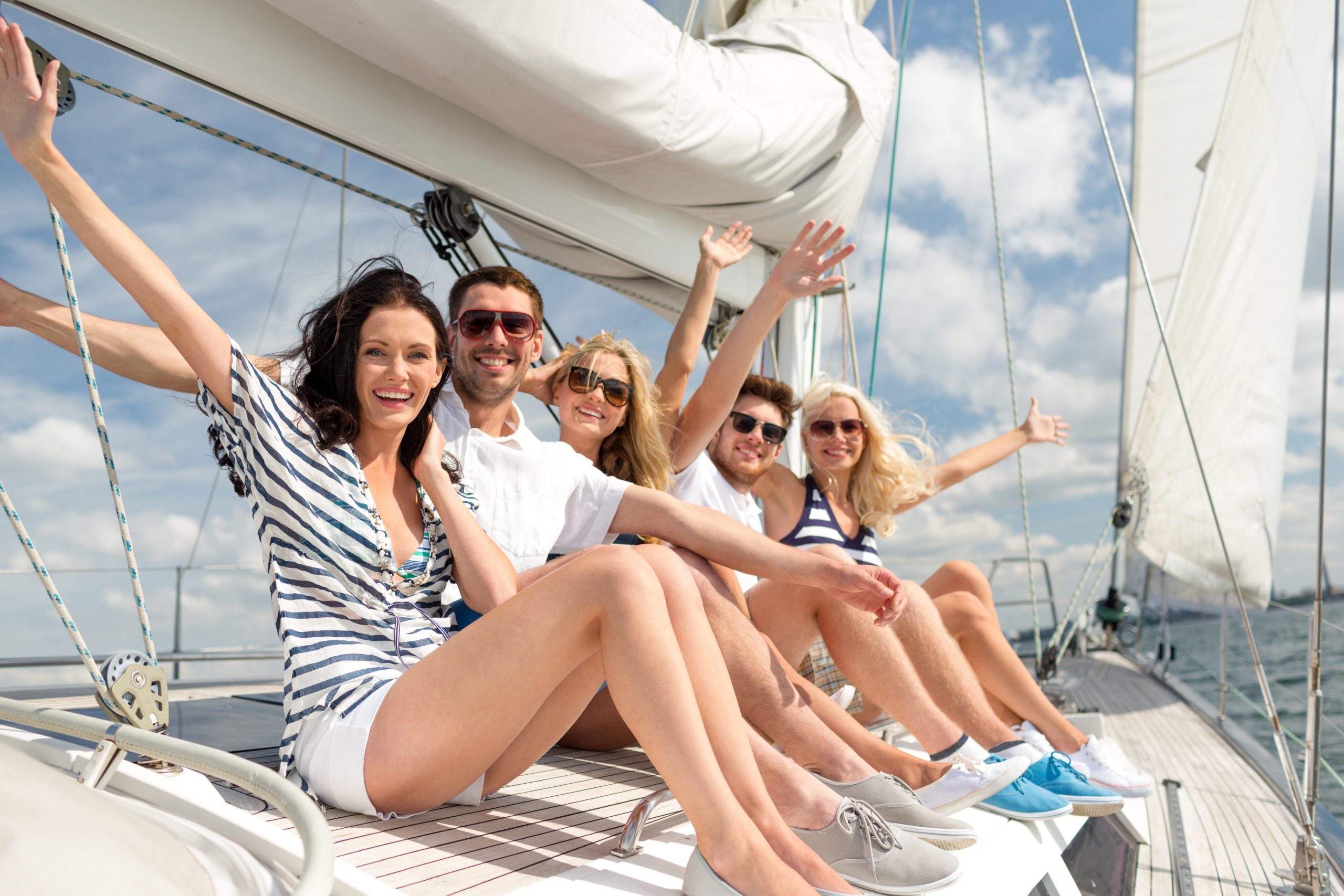 Vacaciones en velero para amigos en Ibiza Crucero con amigos en Ibiza